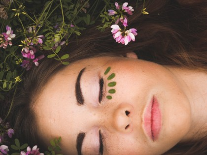 5 Best Anti-Aging Ingredients to find in Organic Skincare